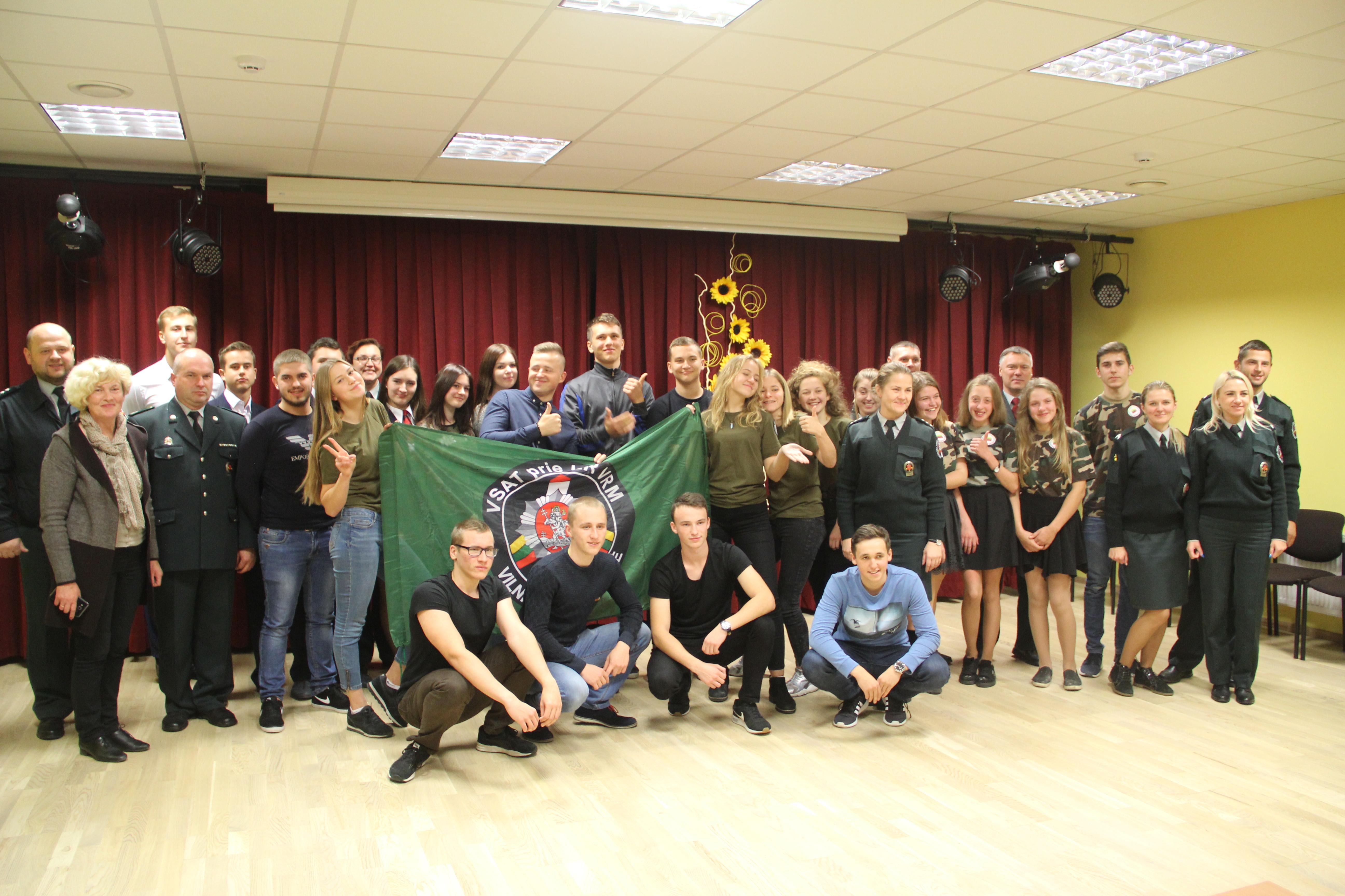 Artėjančio šimtmečio proga žinių viktorinoje kovėsi Vilniaus rinktinės Jaunųjų pasieniečių būrelių komandos