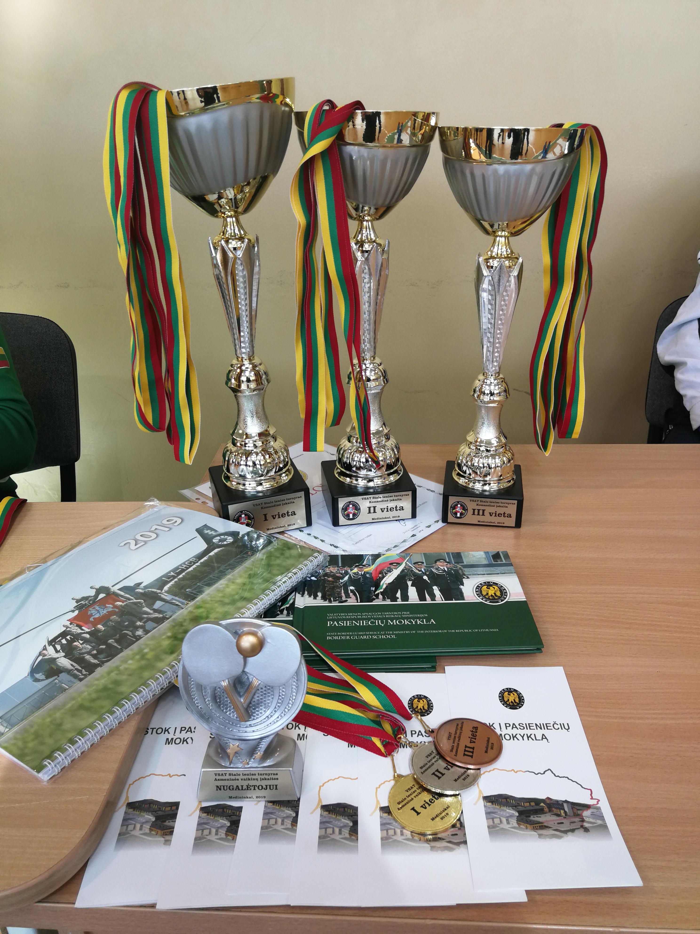 VSAT stalo teniso varžybose – moksleivių triumfas