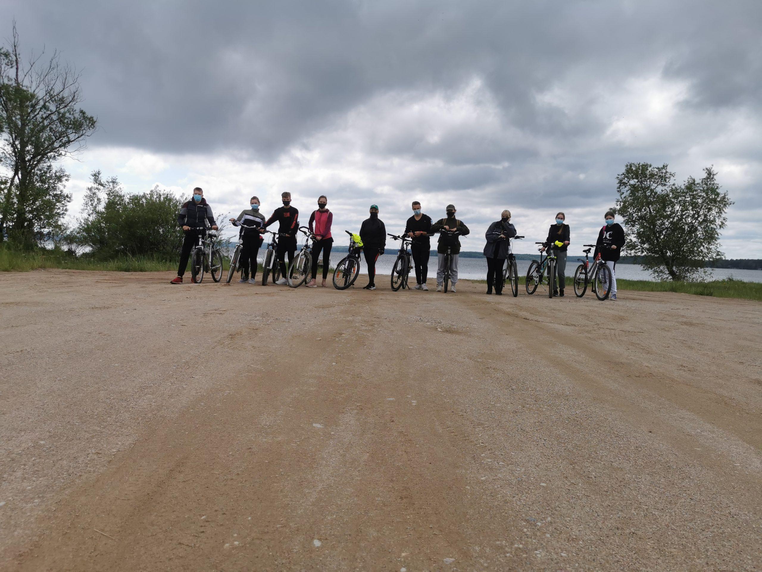 Vasaros pradžiai pažymėti – Vilkaviškio JPB narių dviračių žygis
