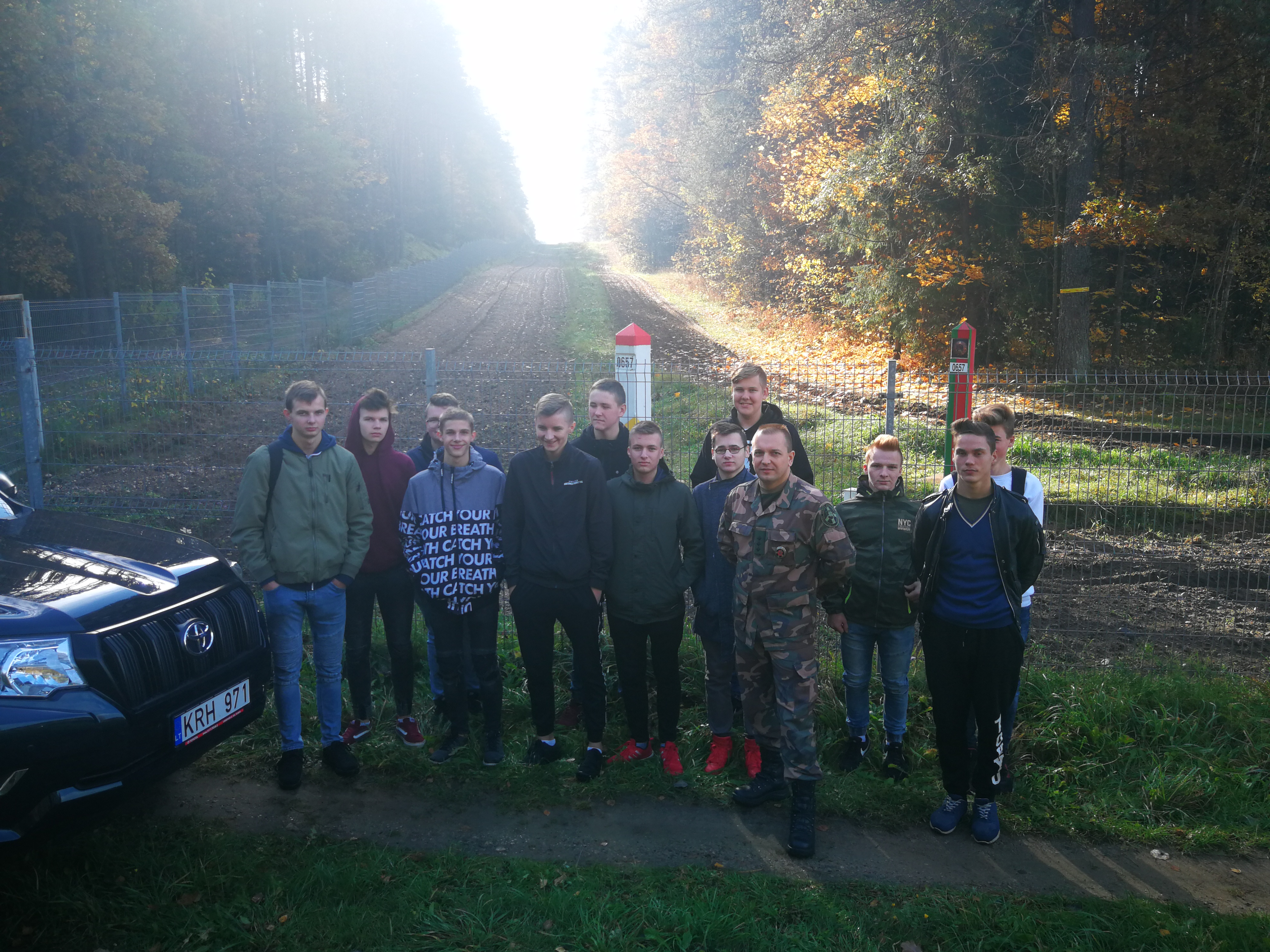 Mickūnų gimnazijos Jaunojo pasieniečio būrelio nariai lankėsi Gintaro Žagunio pasienio užkardoje