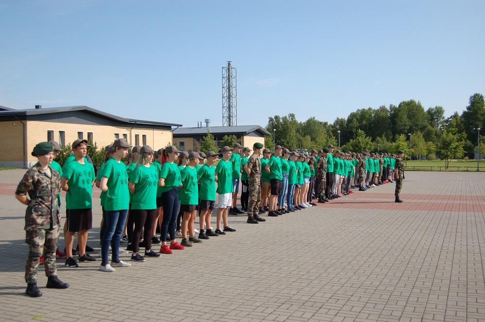 Pasieniečių mokykloje atidaryta jaunųjų pasieniečių, šaulių, policijos rėmėjų ir gelbėtojų stovykla (foto)