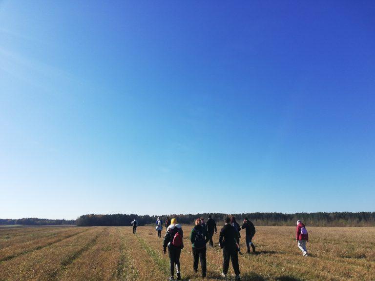 JPB nariai žygiavo Dieveniškių istoriniame regioniniame parke
